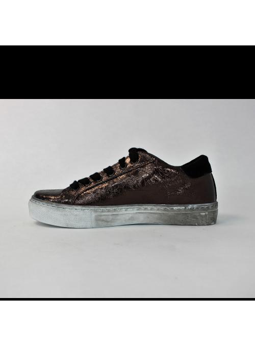 Sneakers en Cuir Bronze et étoile noire Ovyé