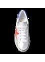Sneakers argentées, détail bleu et étoile rouge Ovyé