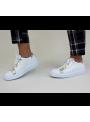 Sneakers Blanches et Dorées à étoile Perforée Ovyé