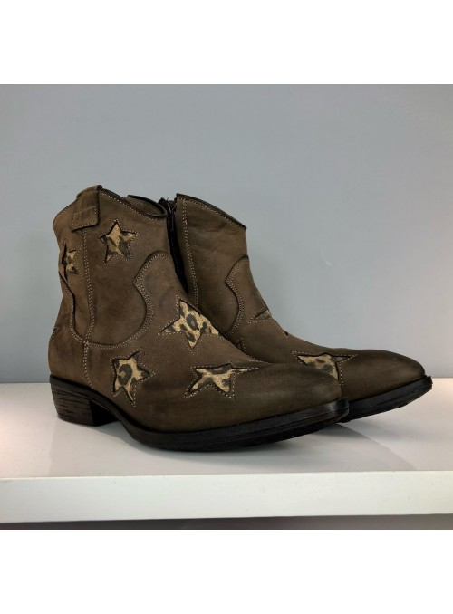 Boots texanes marron à étoiles Nubuck