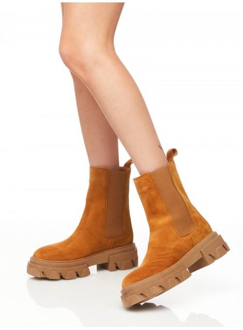 Boots cuir Nubuck à grosses semelles