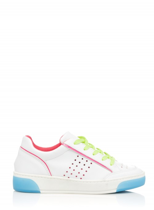 SNEAKERS BLANCHES, BLEUES ET FUCHSIA